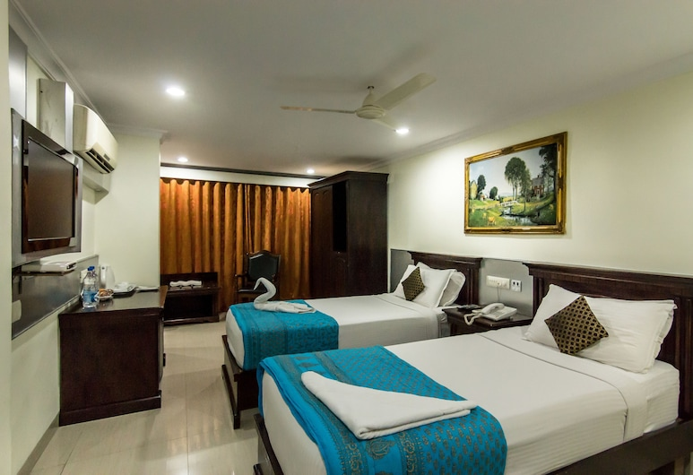 The Central Park, Hyderabad, Deluxe Room, 1 Bedroom, Non Smoking, City View, Guest Room