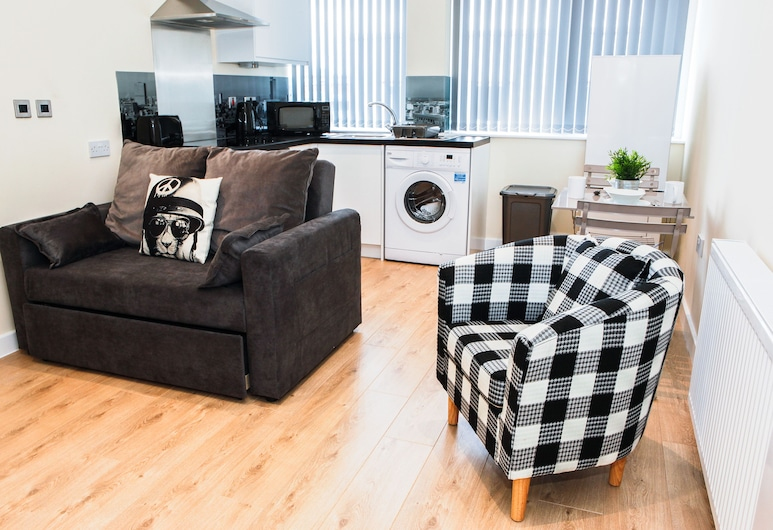 Approved Serviced Apartments Stanley Street, Manchester, Apartment, 1 Bedroom, Non Smoking, Kitchen, Living Area