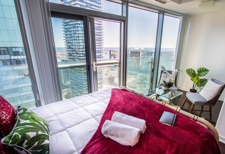 MiCasa Suites - Modern Executive Condo, Toronto, Studio Suite, 1 Queen Bed, City View, View from room
