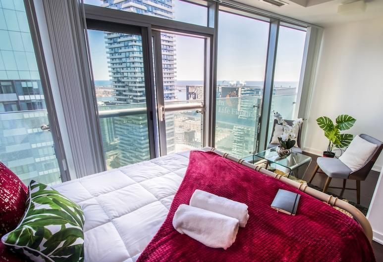 MiCasa Suites - Modern Executive Condo, Toronto, Studio suite, 1 queensize bed, Uitzicht op de stad, Kameruitzicht
