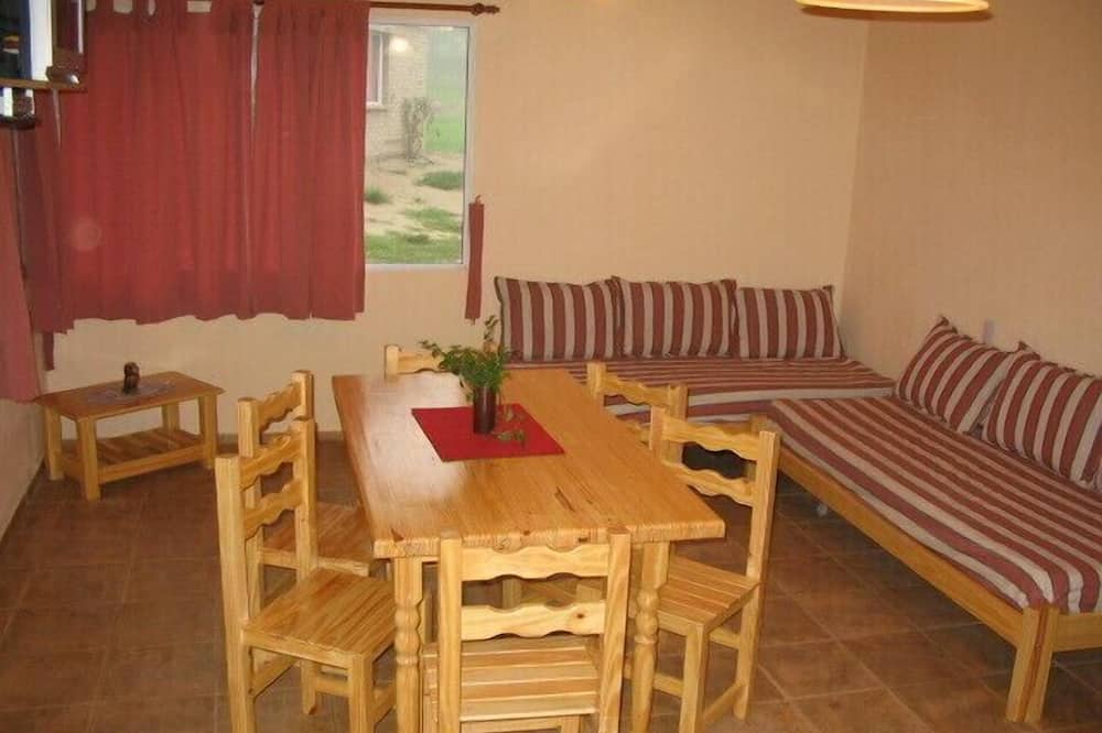 Standard Cabin, Kitchen, Garden View (6 People) - Living Area