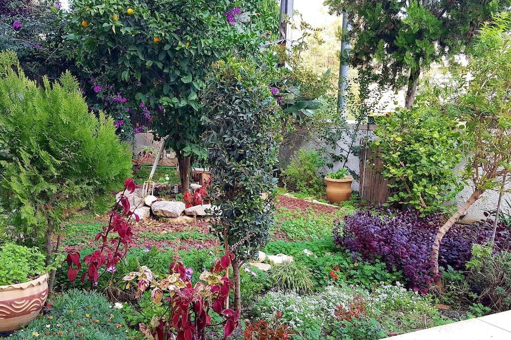 Family Suite, 2 Bedrooms - Garden View