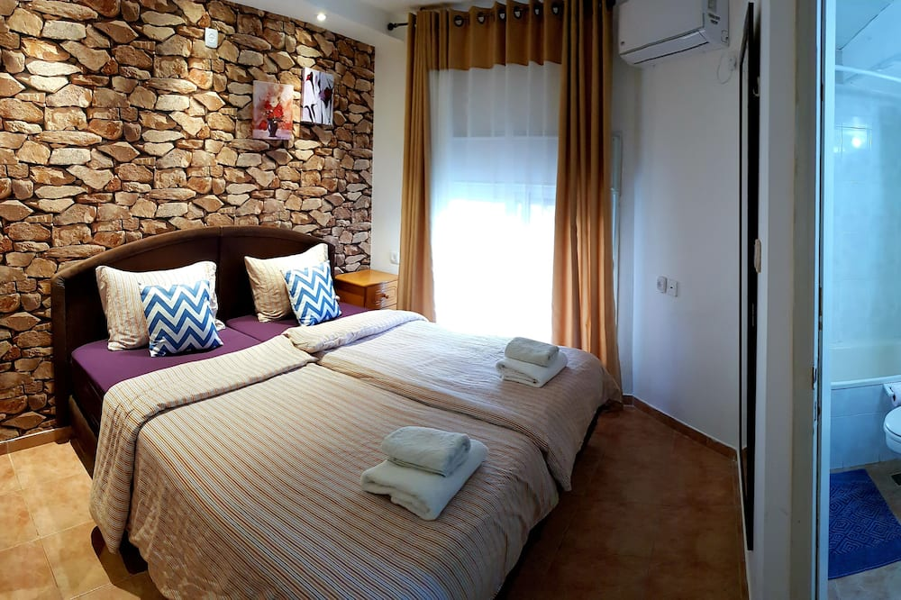 Design Double Room, 2 Twin Beds - Guest Room