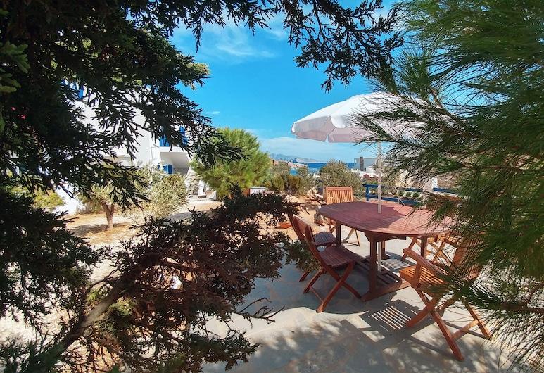 Aegean Star Hotel Apartments, Folegandros, Terrasse/veranda