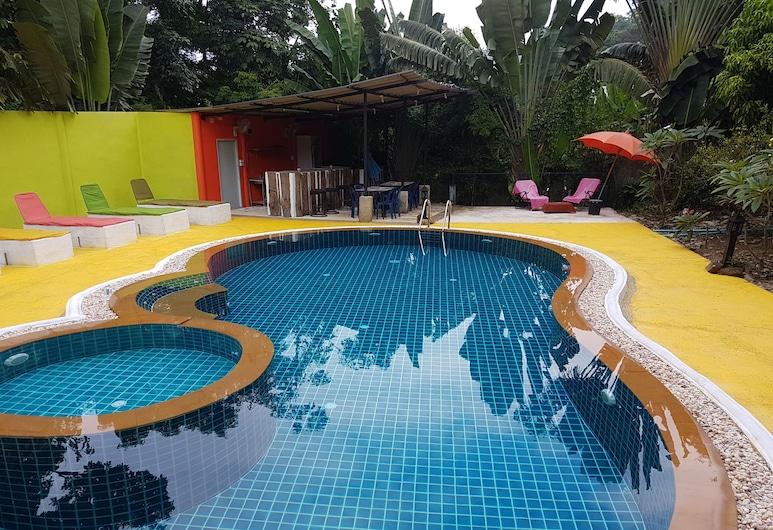 Kamrai Resort, Ko Chang, Piscina