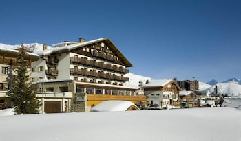 Picture of Hôtel Le Castillan in Huez