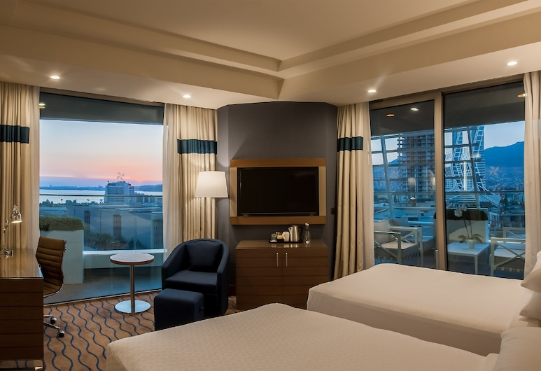 Four Points by Sheraton Izmir, Izmir, Room, 2 Double Beds, Sea View, Corner, Guest Room