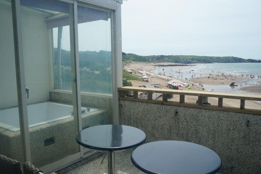 Phòng Suite Executive, 1 giường cỡ king và sofa giường, Quang cảnh bãi biển - Ban công