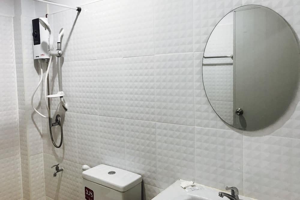 Superior Aircon Room  - Bilik mandi