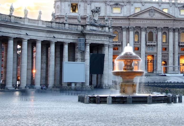 سانت بيتر سكوير أبارتمنت, روما