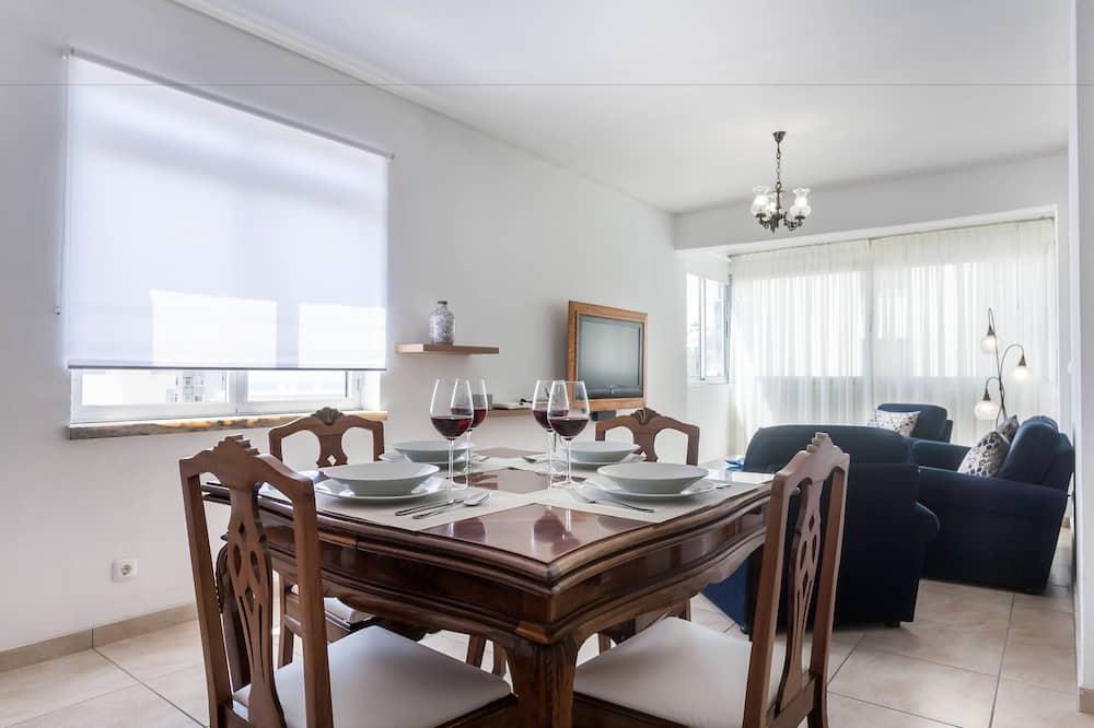 Apartamentai, 2 miegamieji, vaizdas į jūrą - Vakarienės kambaryje