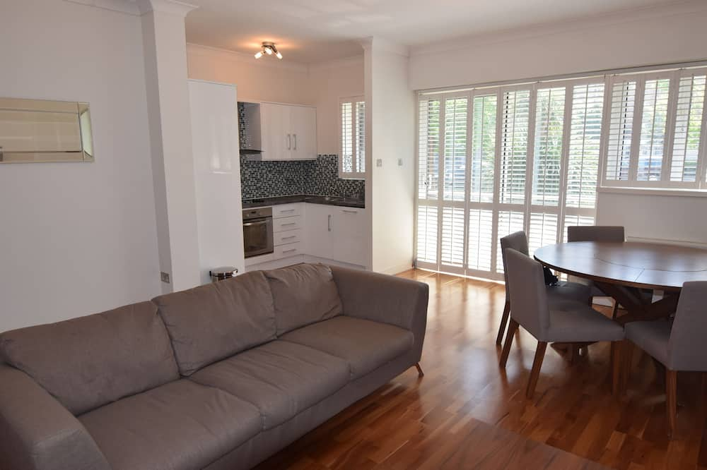 Appartement Deluxe, 2 chambres, accessible aux personnes à mobilité réduite, vue fleuve - Coin séjour