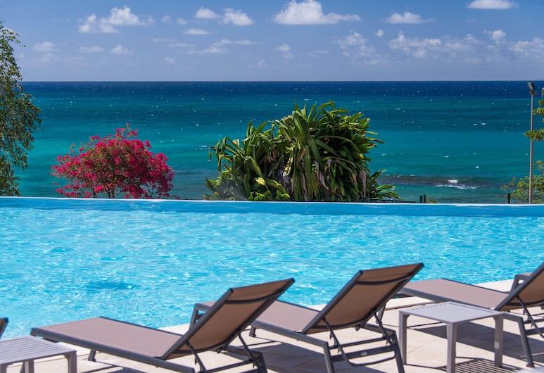 卡利比亞聖路瑟飯店, 聖路思義, 游泳池