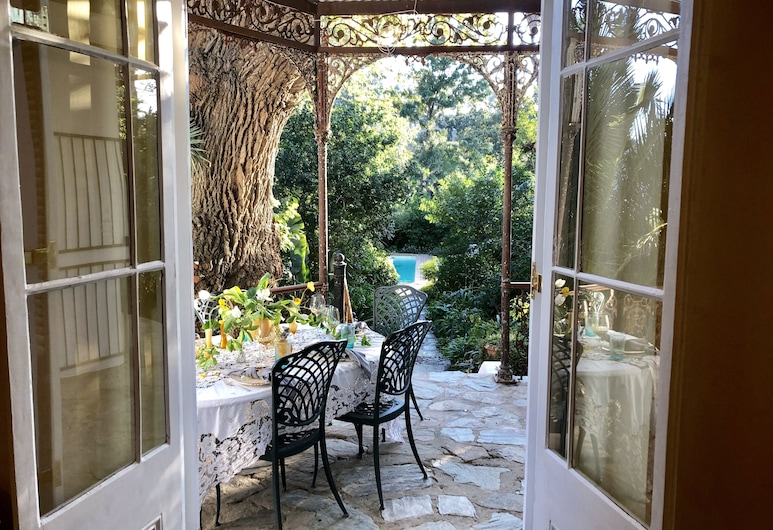 The Victorian of Church Street, Tulbagh, Luxury Self Catering - Victorian House , Balcony