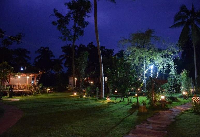 Reuanmai Onanong, Amphawa, Εξωτερικός χώρος ξενοδοχείου