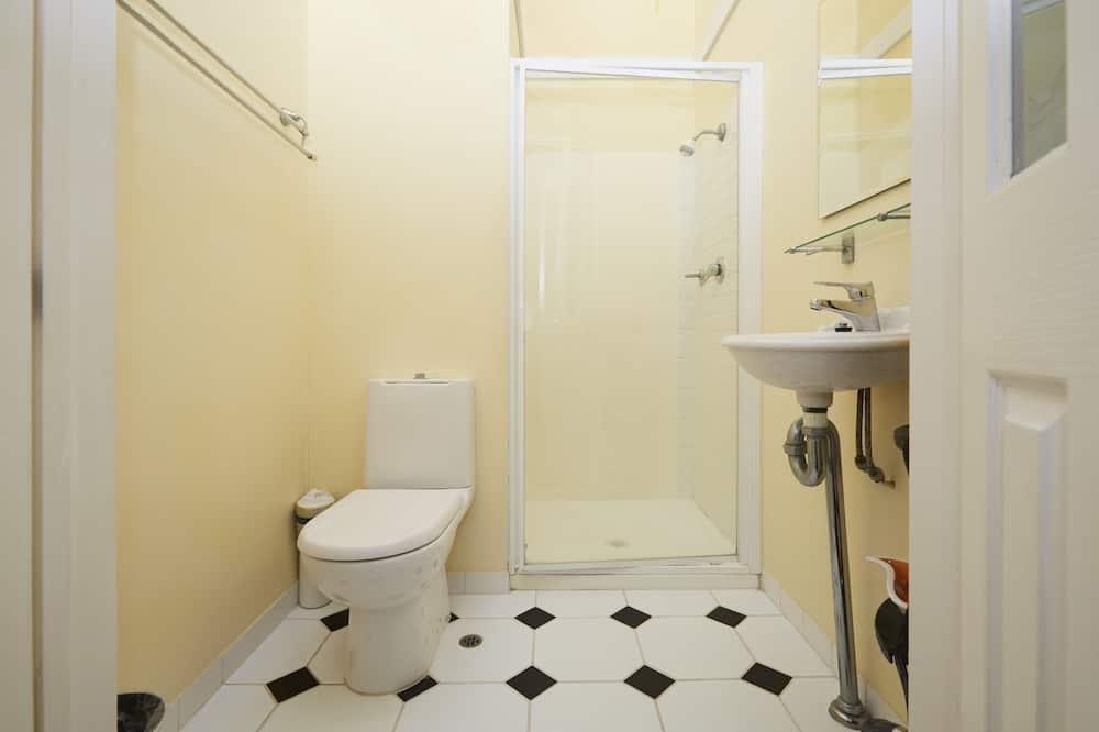 Двухместный номер с 1 двуспальной кроватью (Champagne) - Ванная комната