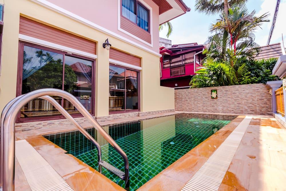 Economy-Villa, 3Schlafzimmer, eigener Pool, Eckzimmer - Außenpool