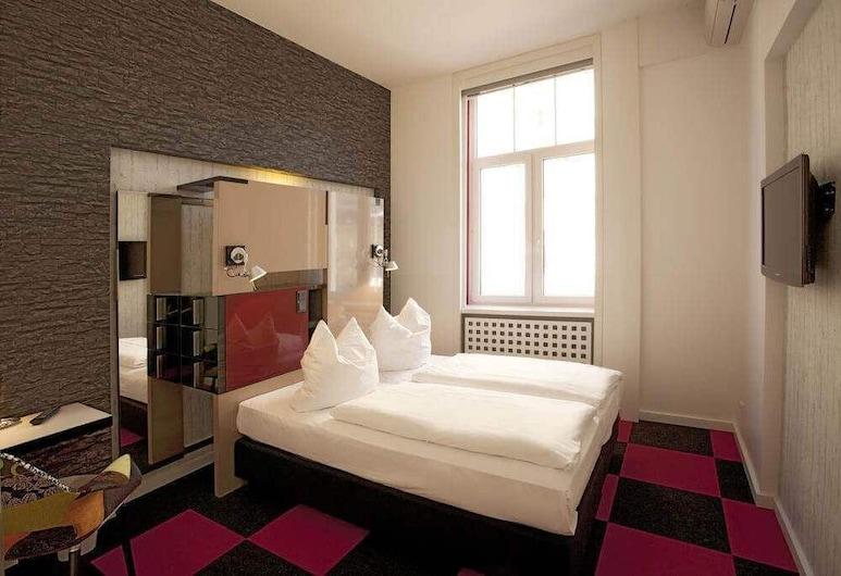 Hotel Cristall, Frankfurt, Standard Tek Büyük Yataklı Oda, Oda