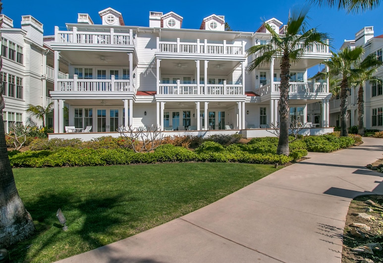 Beach Village at The Del, Curio Collection by Hilton, Coronado, Property Grounds