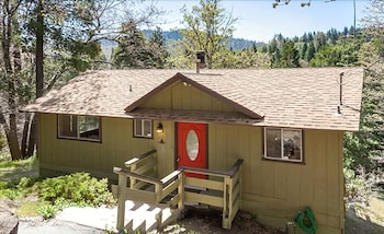 Picture of Pine House 29317 by RedAwning in Lake Arrowhead