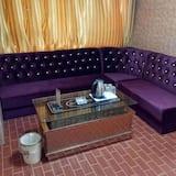 Phòng hạng Business - Khu phòng khách