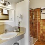 Phòng đôi Deluxe, 1 phòng ngủ - Phòng tắm