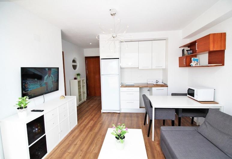 Apartamento Ático Alameda, Benidorm, apartman, 2 hálószobával, terasz, Nappali