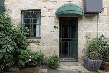 Nuotrauka: Heritage Listed Sandstone Cottage, Salernas