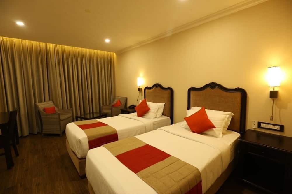Executive Double Room, 1 King Bed - Living Room