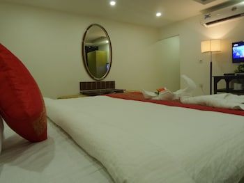 Picture of Airport Hotel Mahal in New Delhi