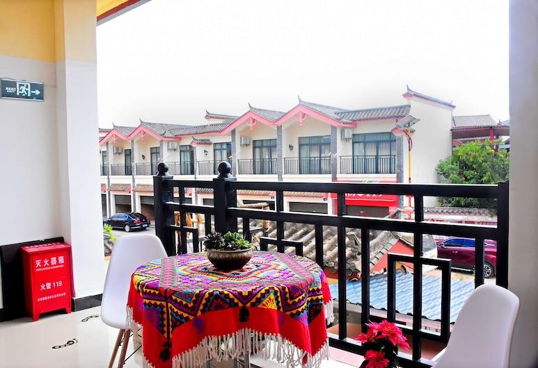 Shi Lin family folk inn, Kunming, Rõdu