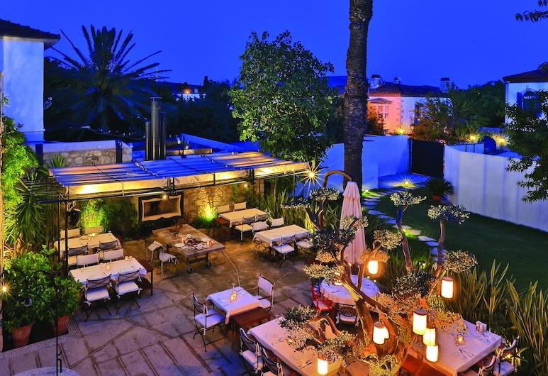 1850 Hotel Kemalpasa, Çeşme, Açık Havada Yemek