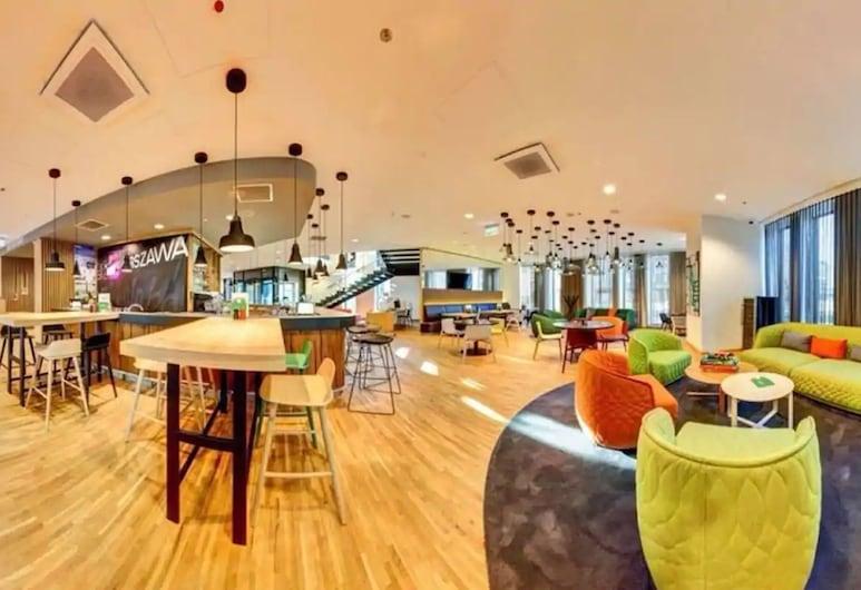 Holiday Inn Warsaw City Centre, Varsovia, Sala de estar en el lobby