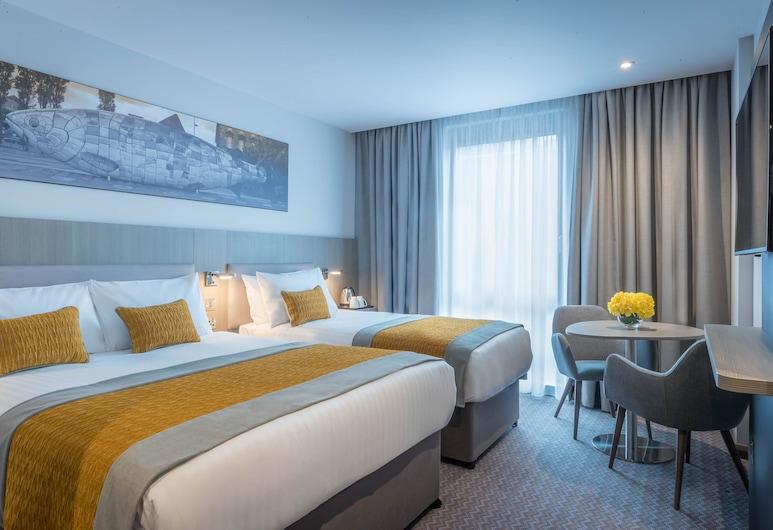 Maldron Hotel Belfast City, Belfast, Deluxe Double & Single Room, Guest Room