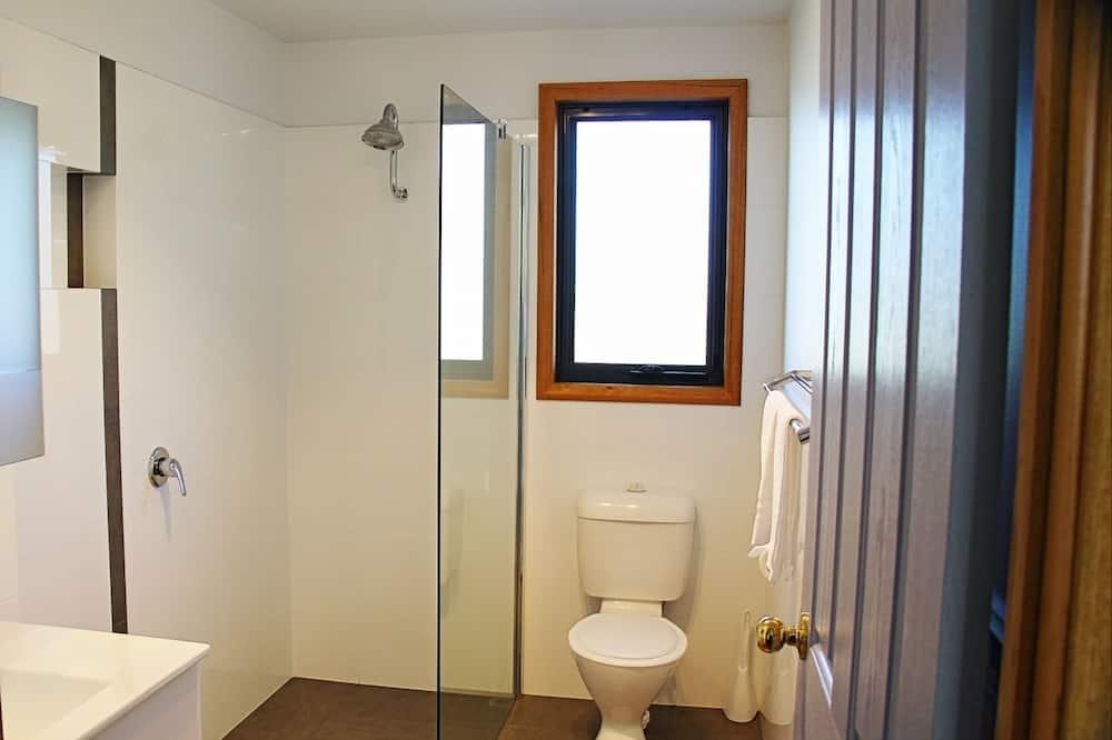 Ev, 4 Yatak Odası - Banyo