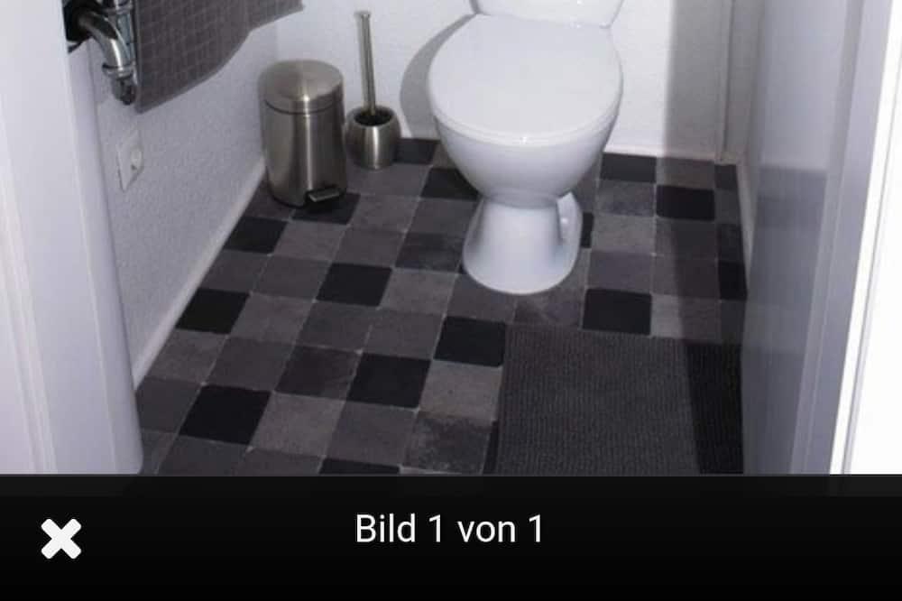Lejlighed - fælles badeværelse - Badeværelse