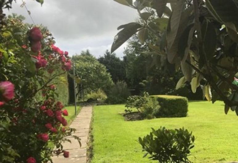 كلير مانور, إنيس, حديقة