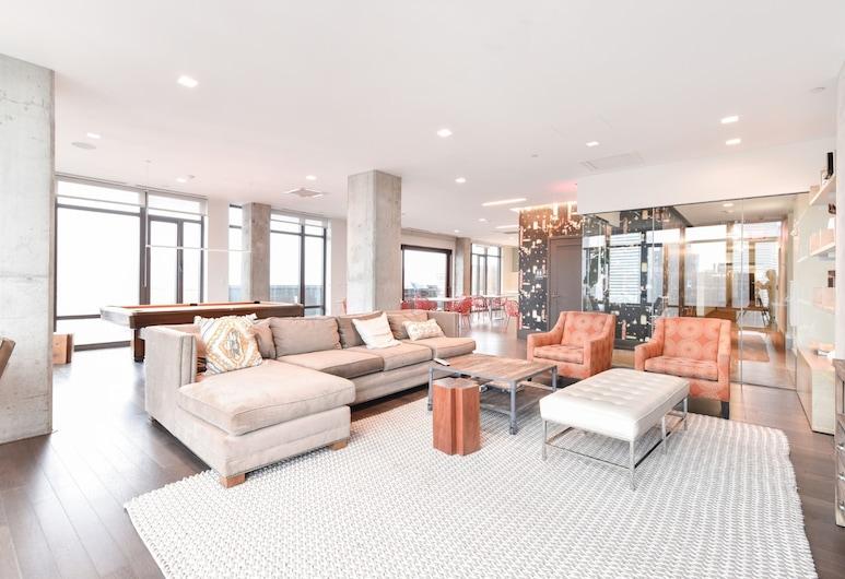 Global Luxury Suites at Seaport, Бостон, Гостиная в вестибюле