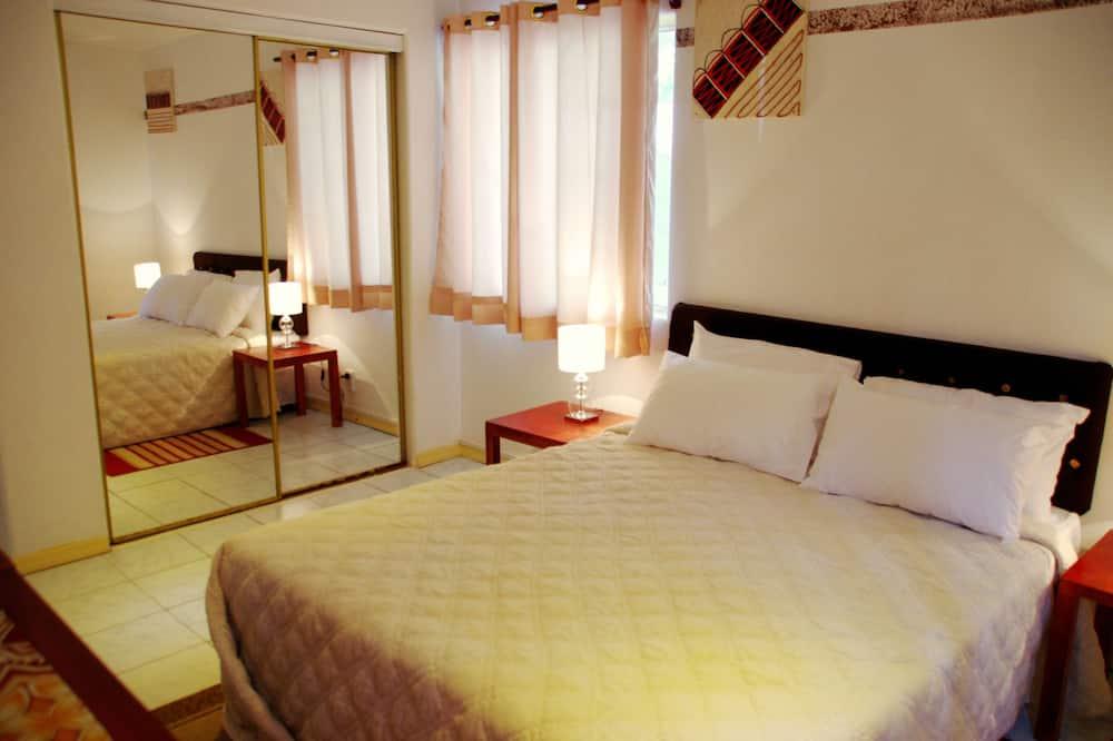 חדר, מיטת קווין - תמונה
