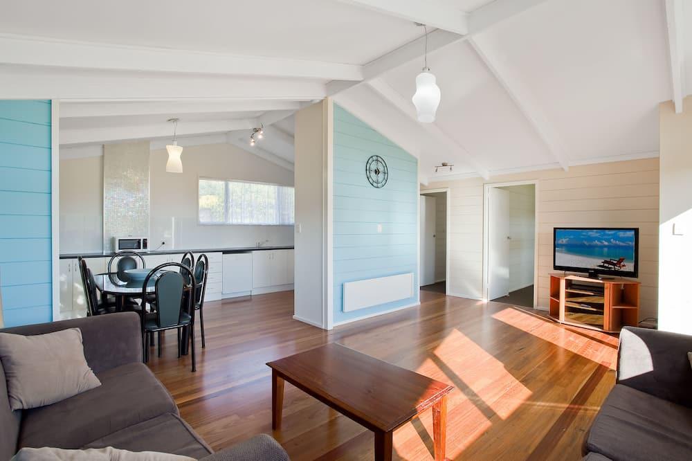 4 Bedroom House (Whole House) - Living Area