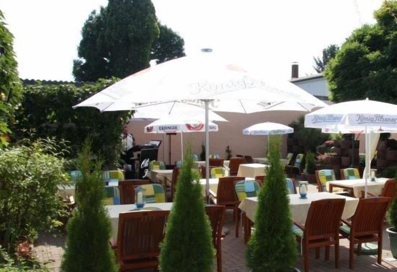 Hotel zum Stresemann, Goettingen, Garden