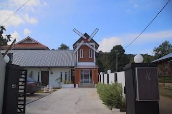 Picture of Belukar Lodges in Langkawi