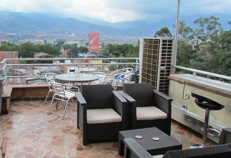 Calle 10 Apartments, Medellin, Penthouse Business - 3 sovrum - bubbelpool (3 Queen Beds), Terrass