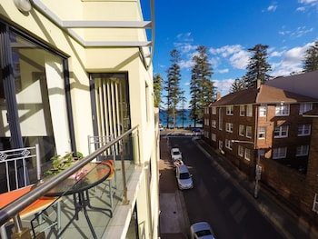 Picture of Gilbert Apartments in Manly