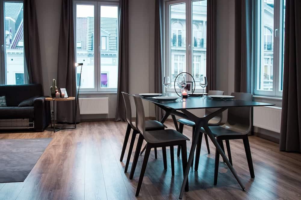 Design-lejlighed - 2 soveværelser - Opholdsområde