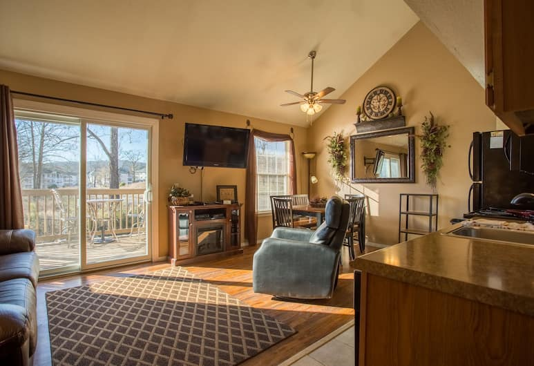 Tuscany on Taneycomo by RedAwning, Branson, Apartment, 2Schlafzimmer, Wohnbereich