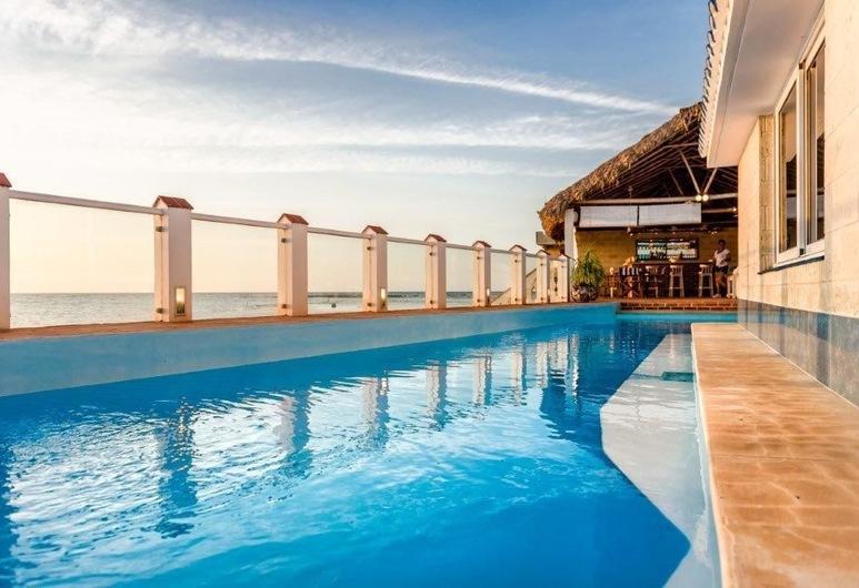 Relax frente al Mar, הוואנה, בריכה