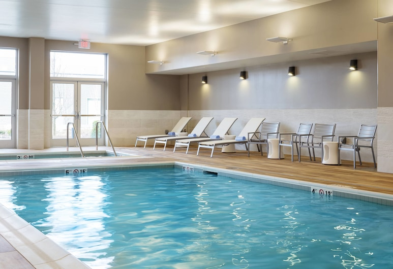 Residence Inn by Marriott Boston Burlington, Burlington, Pool