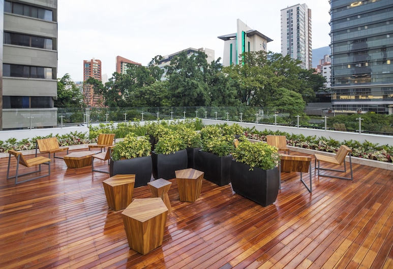 City Express Plus Medellin, Medellin, Terasz/udvar