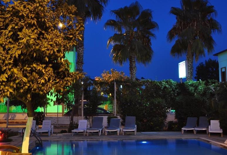 Tuncer Garden Hotel, Кемер, Відкритий басейн
